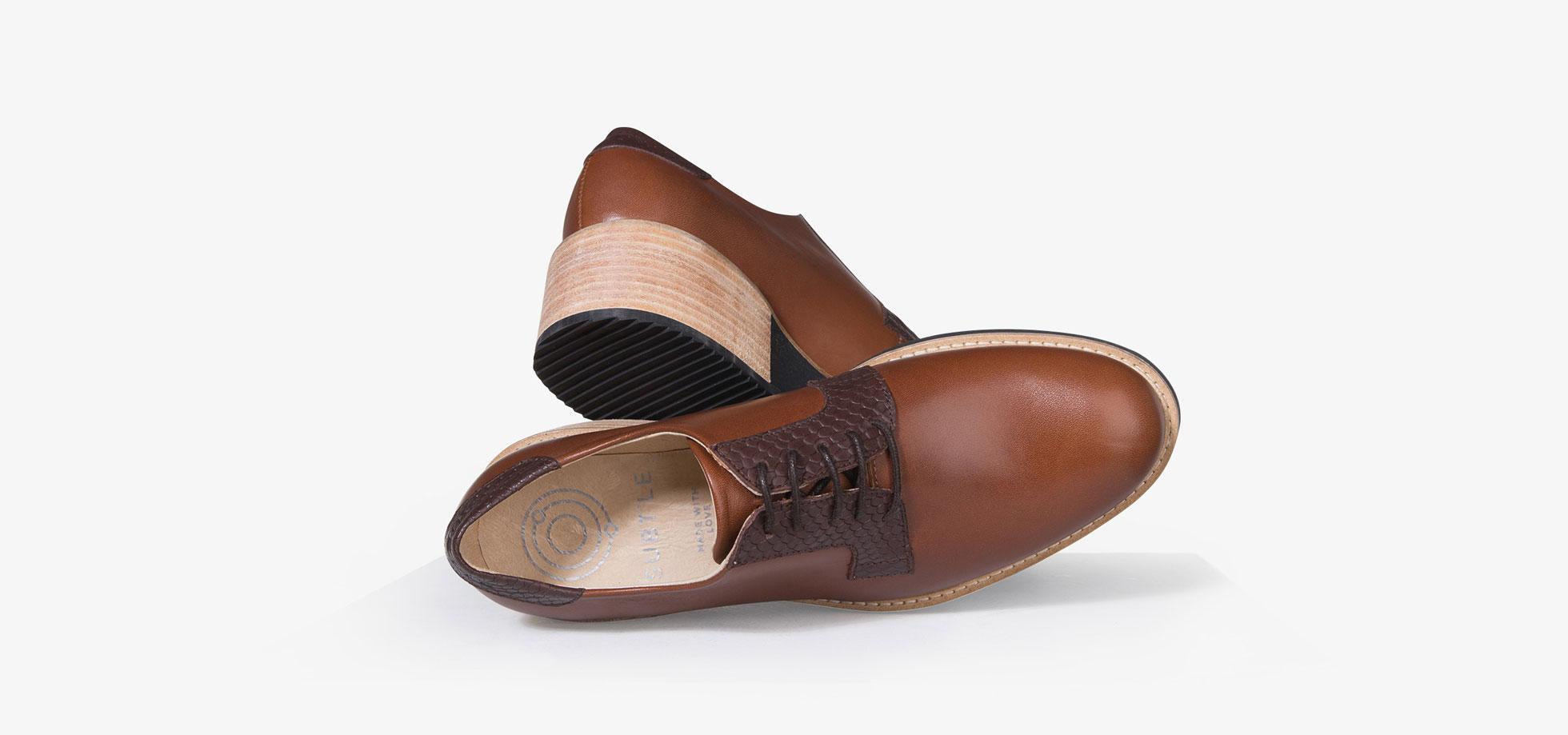 chaussure-derby-femme-camel