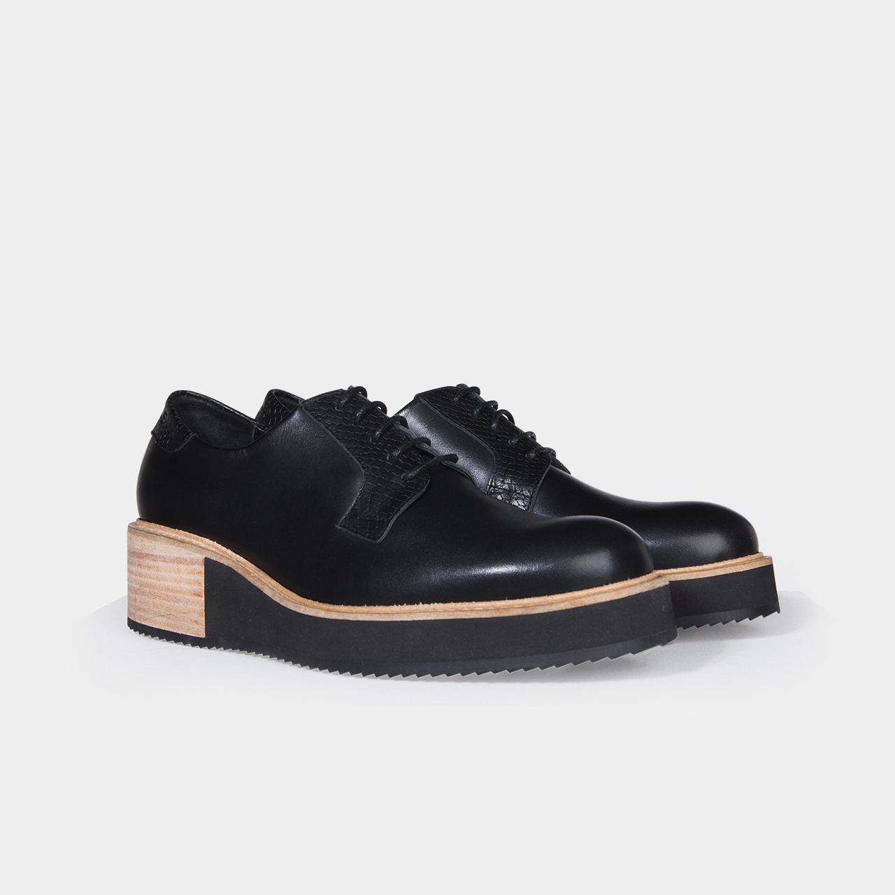 chaussure derbies compens es femme alpha high noir subtle shoes. Black Bedroom Furniture Sets. Home Design Ideas