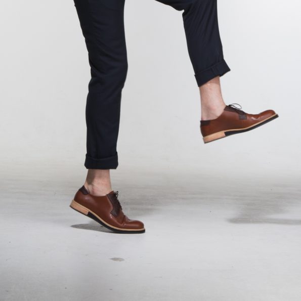 leather derbies shoes man